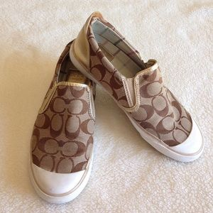 Coach slip on shoes 👟👟
